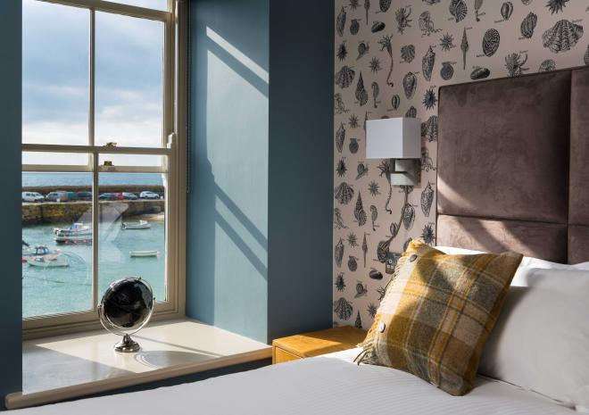 mousehole-harbour-the-ship-inn-bedroom-view-hotels-in-cornwall