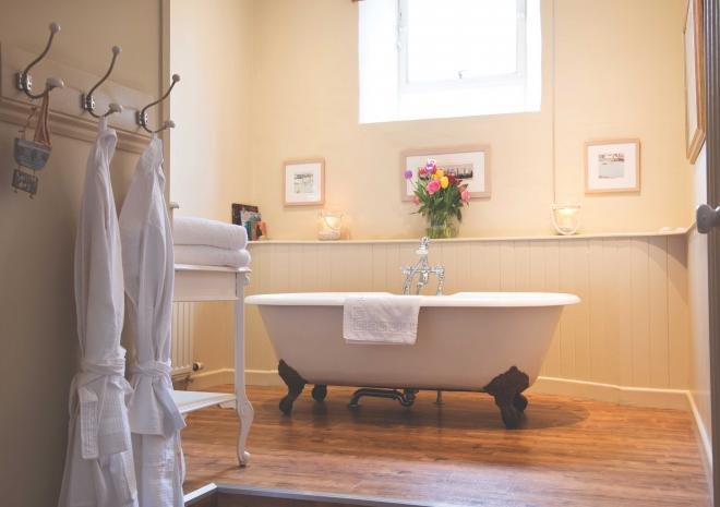 old-custom-house-cornwall-hotels-padstow-st-austell-brewery