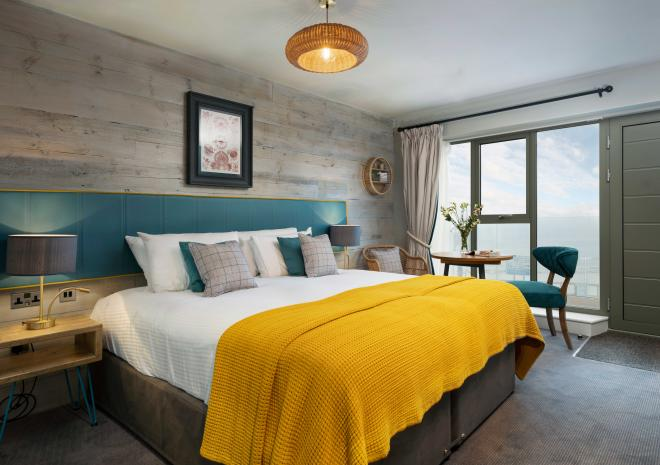 old-success-sennen-double-room-cornish-hotels-st-austell-brewery-cornwall-pubs-inns-hotels