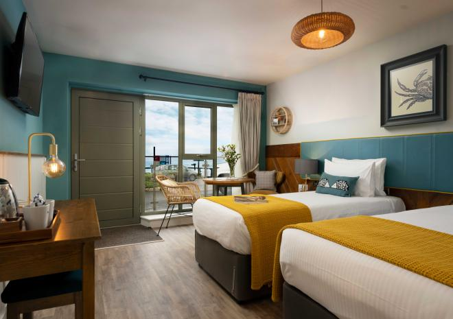 old-success-sennen-st-austell-brewery-hotels-and-inns-cornish-sea-view-room