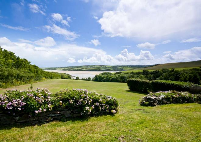 Self-catering accommodation, Rock, Porthilly, North Cornwall