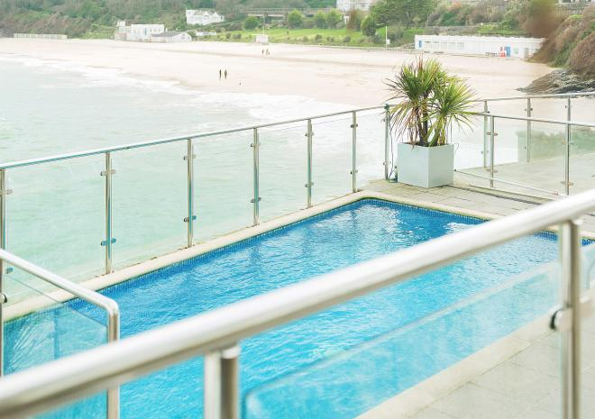 outdoor-pool-pedn-olva-st-ives-cornish-hotels-st-austell-brewery