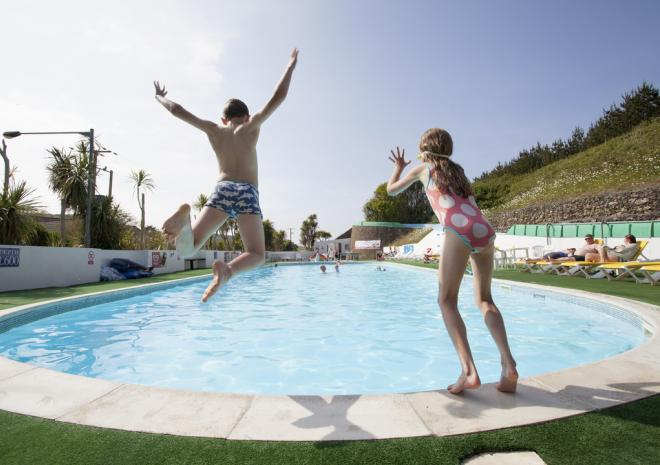 Outdoor Swimming Pool, Holywell Bay Holiday Park