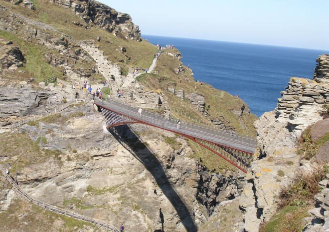 Luxury holiday cottages cornwall, tintagel castle