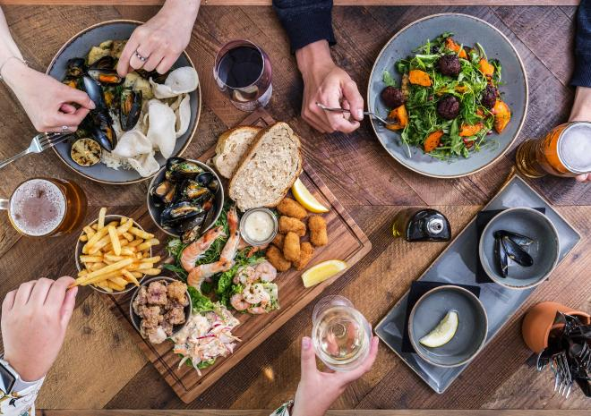 lifeboat-inn-st-ives-cornwall-cornish-hotels-st-austell-brewery-food