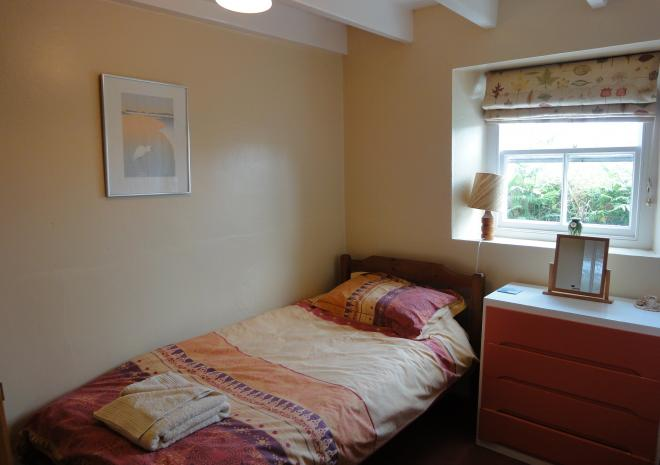 Treeve Moor Cottage, Sennen, single bed, self catering, West Cornwall