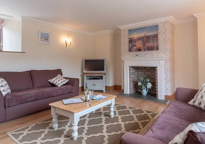 Self Catering Cottages Cornwall   Tolraggott Farm   near Padstow