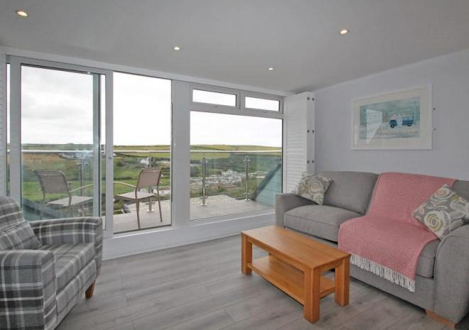 Seascape lounge and view, Mawgan Porth Apartments, Cornwall
