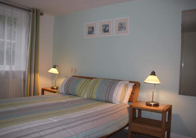 Self Catering Falmouth Gyllyngvase Apartment Double Bedroom
