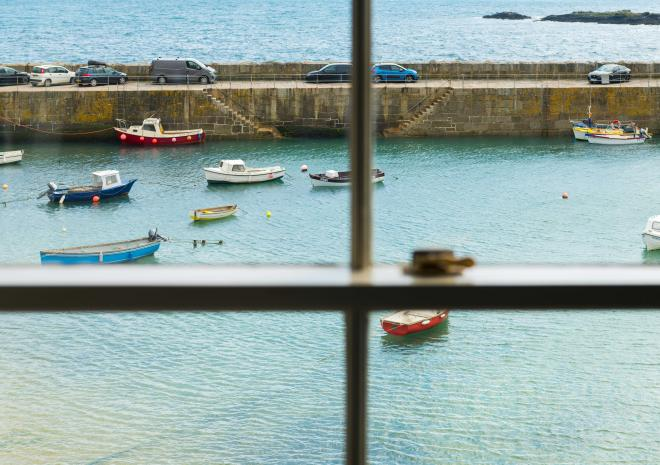 ship-inn-mousehole-cornwall-cornish-hotels-bed-and-breakfast-harbour-views