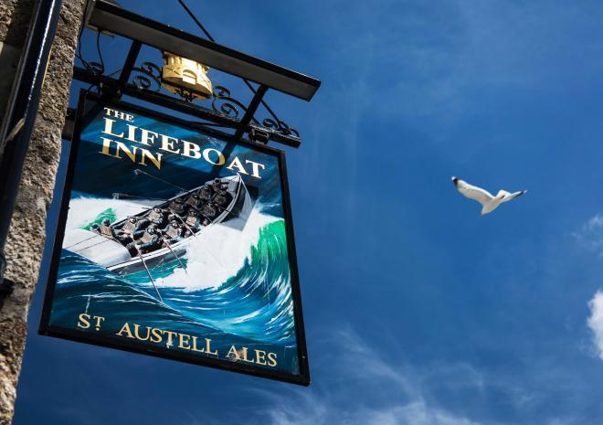 sign-lifeboat-inn-st-ives-cornwall-hotel-st-austell-brewery