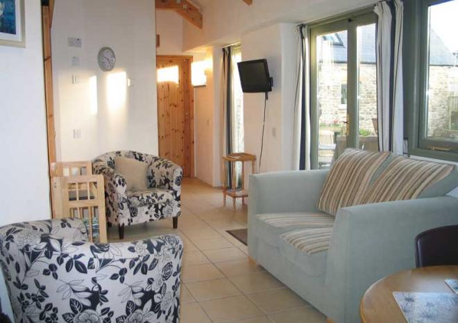 Smugglers Living Area | Cottages in Cornwall | Higher Rosevine Farm | Portscatho | Cornwall