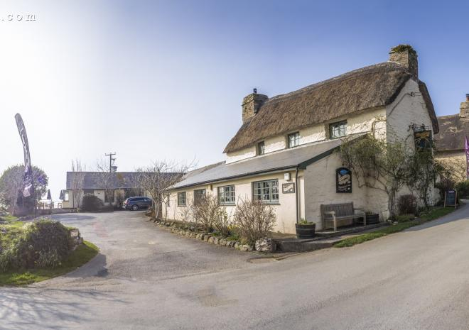 Local 16th Century pub, The Smugglers Den