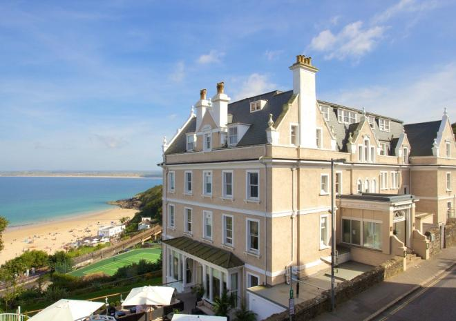 A 52-room luxury boutique hotel and spa, with jaw-dropping sea views, steps from Porthminster Beach