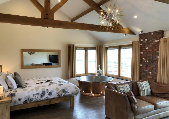 Stargazey open plan apartment for two at Wooldown Holiday Cottages