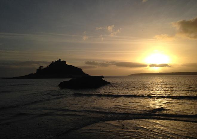 Seabreeze cottage is located on Mounts Bay- 5miles of baech