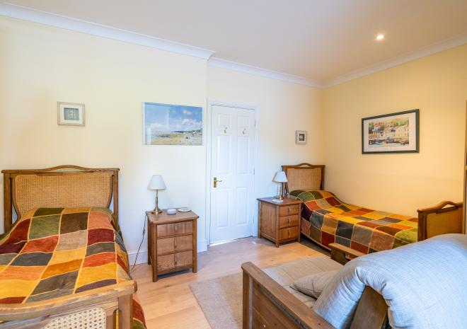Tideswell - family bedroom