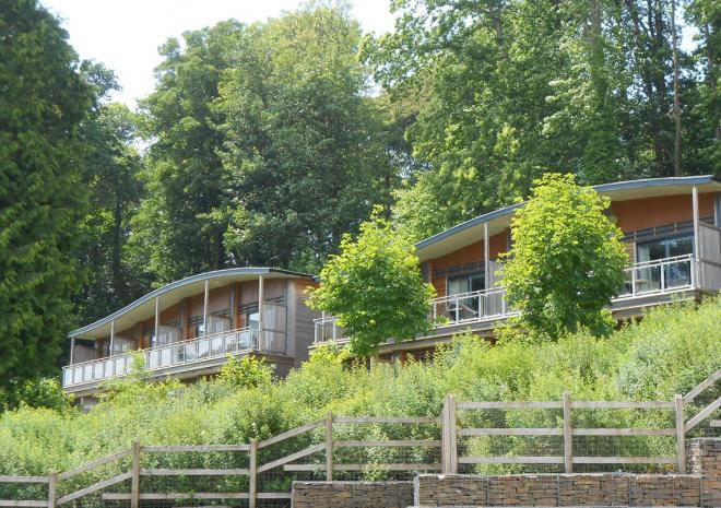 self catering lodges with hot tubs in Cornwall