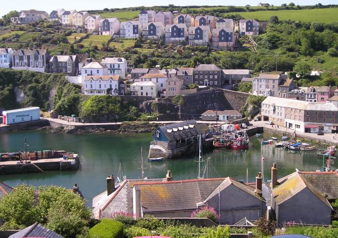 Cottages in Cornwall | Blue waters | Mevagissey | Cornwall