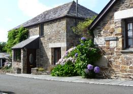 Hendra Paul Cottages, Porth, Newquay, North Cornwall