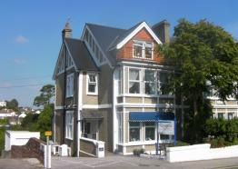 Bed and Breakfast in Cornwall | Falmouth | Camelot Guest House