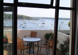 Self Catering in Cornwall   Puffins at Packet Quays   Falmouth