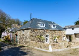 Apple Loft Cottage, Self Catering Cottage, Penzance, West Cornwall