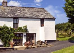 Exterior view of Anna's Cottage, West Woolley Farm
