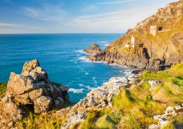 Small-group tours to Cornwall from London