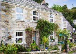 Truck House,Self Catering, South Cornwall, Mid Cornwall, Roseland, Truro