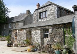 Cottages in Cornwall | Higher Trevinnick Farm | Port Isaac | Cornwall