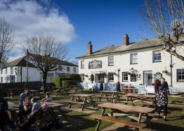 the-rashleigh-arms-charlestown-cornwall-exterior