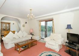Rocktowers Apt 12, Luxury Self catering accommodation, Looe, South Cornwall