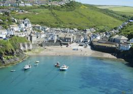 Port Isaac, North Cornwall c Adam Gibbard/Visit Cornwall