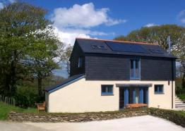 Cottages in Cornwall | Breezydaze - Violet | St Austell | Cornwall