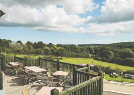 beer-garden-county-arms-cornish-hotels-st-austell-brewery-pub