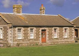 Callies Self Catering, Pendennis Castle Self Catering