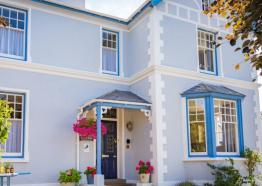 Kinbrae House Holiday Apartments In Falmouth