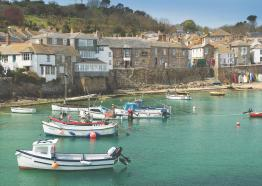 mousehole-ship-inn-st-austell-brewery-pubs-and-hotels-in-cornwall-bed-and-breakfast