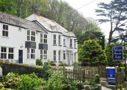 Bed and Breakfast in Cornwall | Penryn House | Polperro | Cornwall