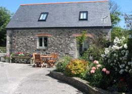 Wreckers Barn | Cottages in Cornwall | Higher Rosevine Farm | Portscatho | Cornwall