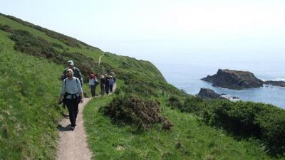Walking the South West Coast Path between Looe and Polperro
