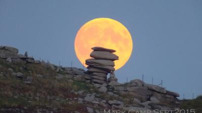 Full Moon behind the Cheesewring