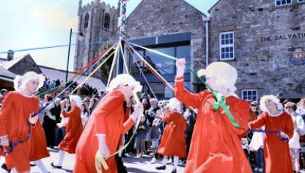 St Ives May Day, image Colin Sanger
