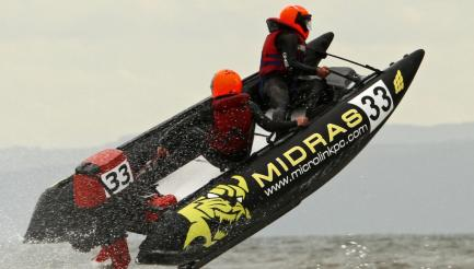 ThunderCat Racing | Watergate Bay | Cornwall | image c Caragh O'Donnell